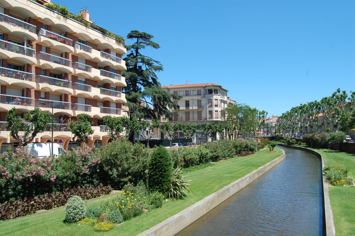 Perpignan on the Water