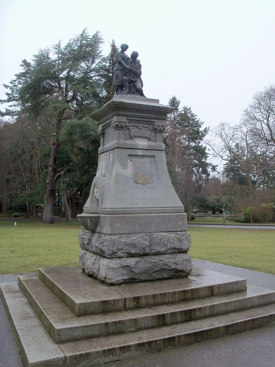 A statue of Scottish national poet Robert Burns in Beacon Hill Park, Victoria, British Columbia, Canada