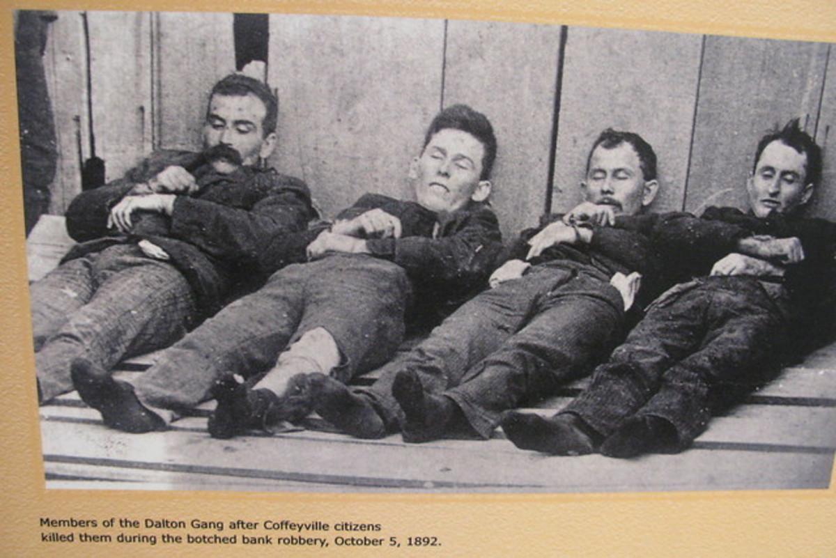 Deceased Dalton Gang Outlaws On Display in Kansas in 1892