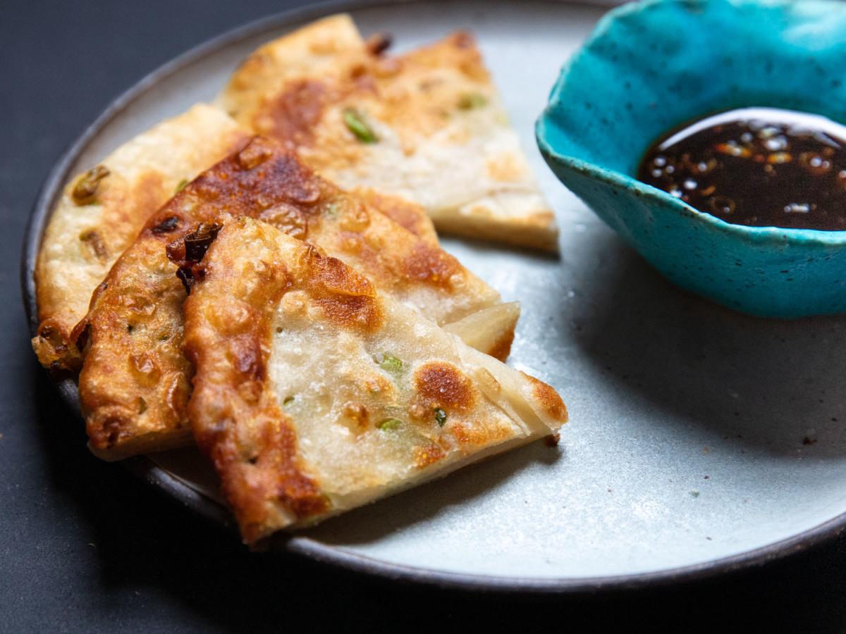 Extra-flaky scallion pancakes