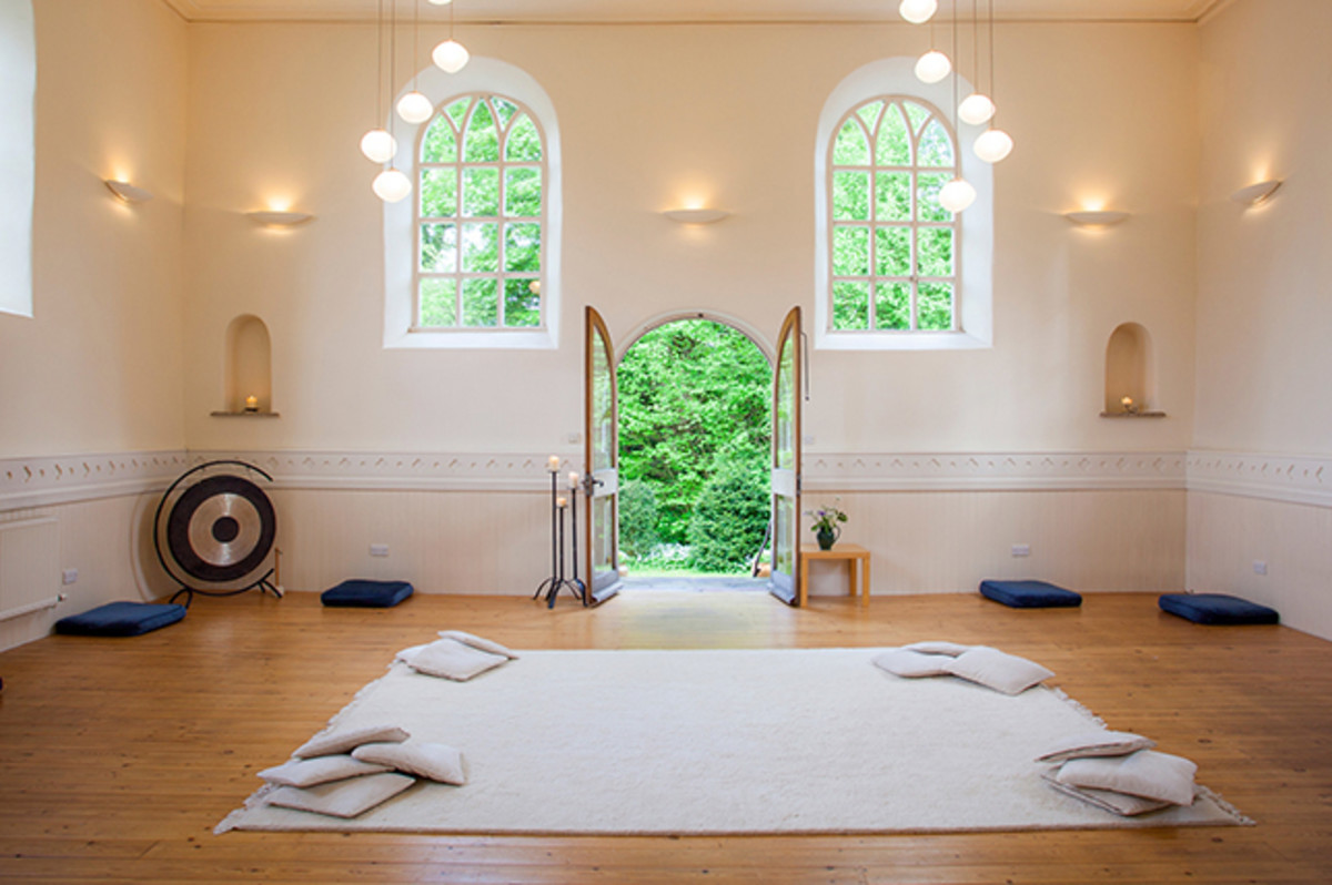 A meditation room should be minimalist. Remove furniture, keep colors neutral, add plants. Add other items that fit your aesthetic.