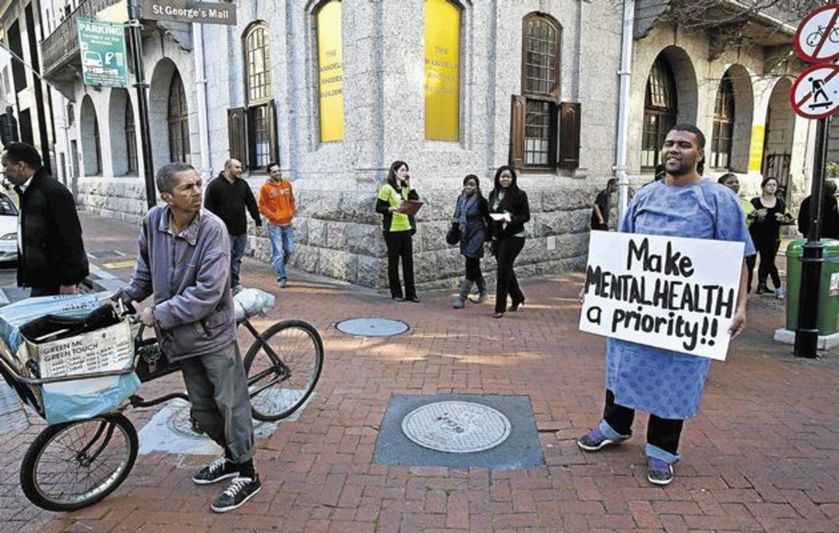 To mark Psychiatric Disability Awareness Month, Cape Mental Health and the Cape Consumer Advocacy Body picketed in St Georges Mall, Cape Town, to protest the lack of adequate resources