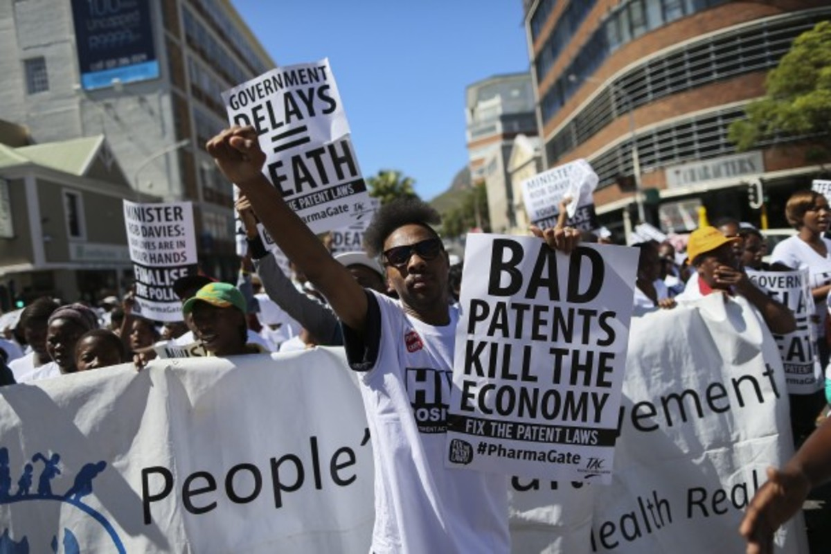 Thousands of health activists from 13 organizations march in protest against the government in Cape Town, South Africa, March 13, 2014.