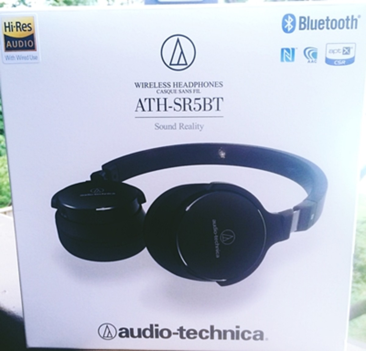 Luxurious, modern sound: A review of audio-techinica wireless headphones ATH-SR5BT