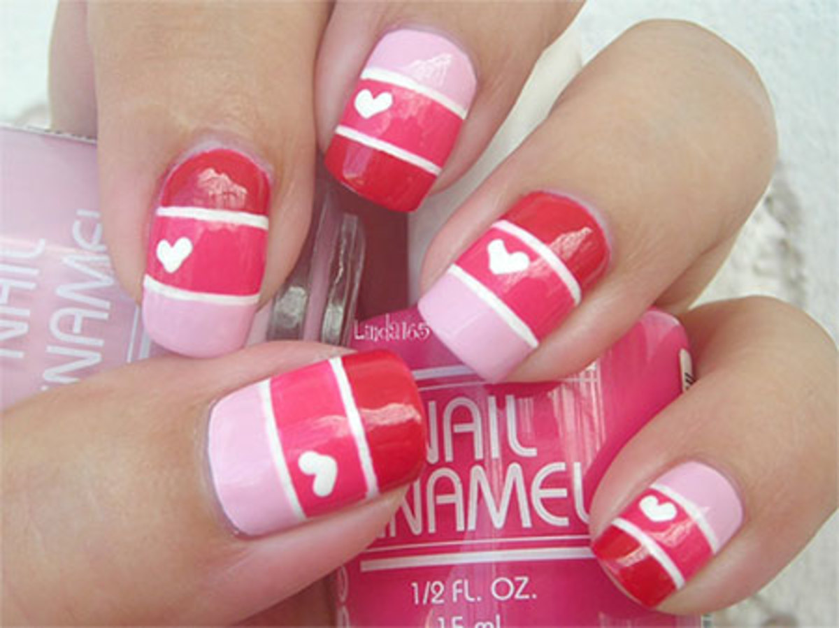 Cute stripe and heart nails