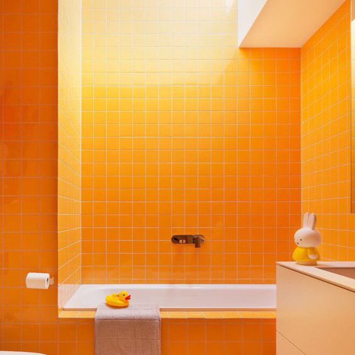 The Chinese Zodiac Horse wants a bathroom that is spacious, colorful, has wood elements and -- well -- a rubber ducky. The bathroom shouldn't be typical. You need a bright warm tone color. Tile is a plus.