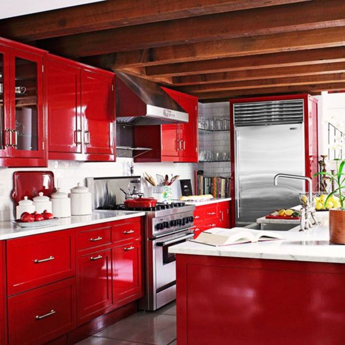 The Chinese Zodiac Horse kitchen should be SPACIOUS. The room needs to come alive, so use warm tones. Red, orange, yellow are all perfect. Throw in some patterns of triangles and stripes. You also want the latest tech.