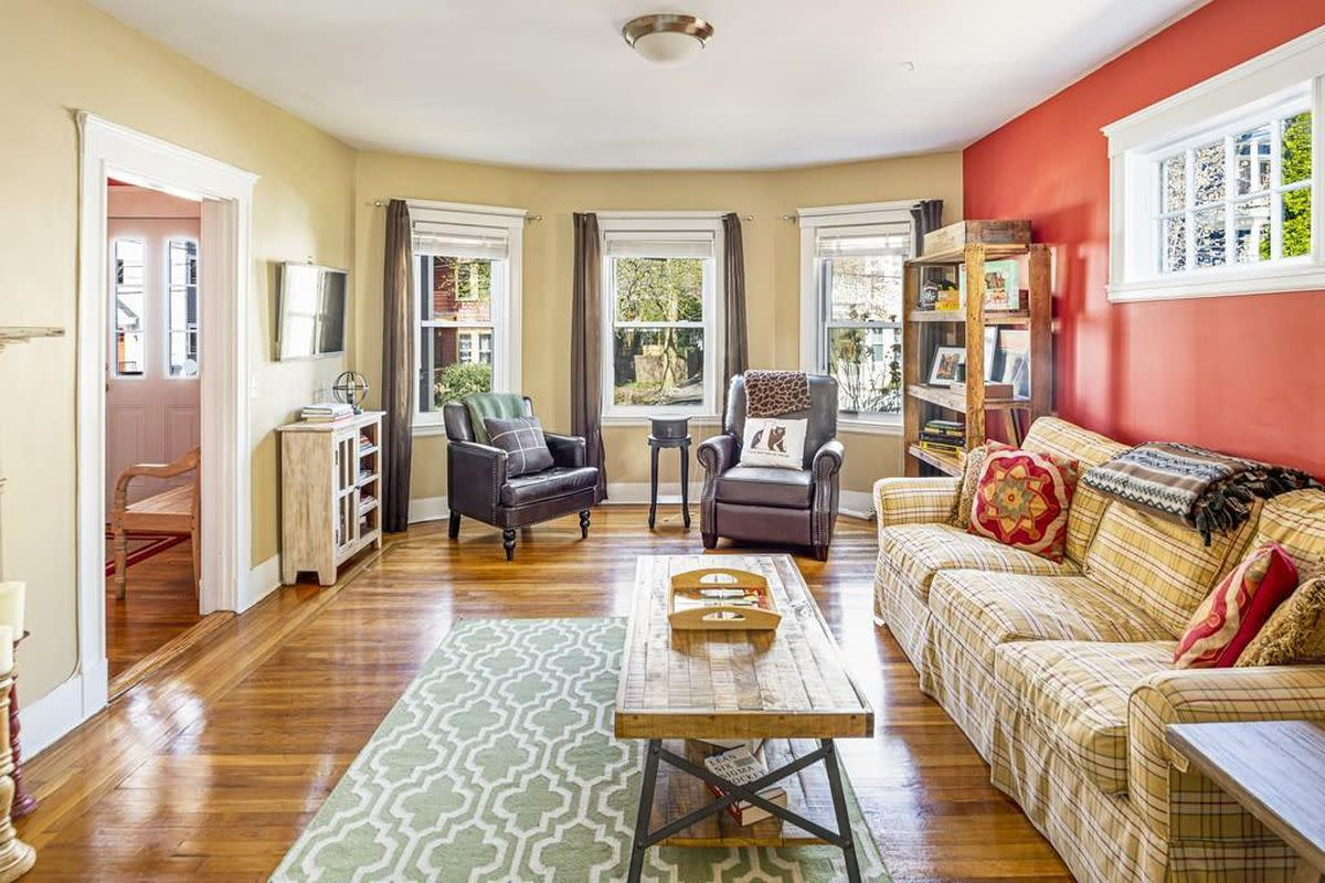 You need enough room in a Chinese Zodiac Horse living room to dance. Red and yellow are great colors to work with in this room. Opt for wood furniture over metal. A nice rug is good. The curtains shouldn't be too heavy. You want lots of windows.