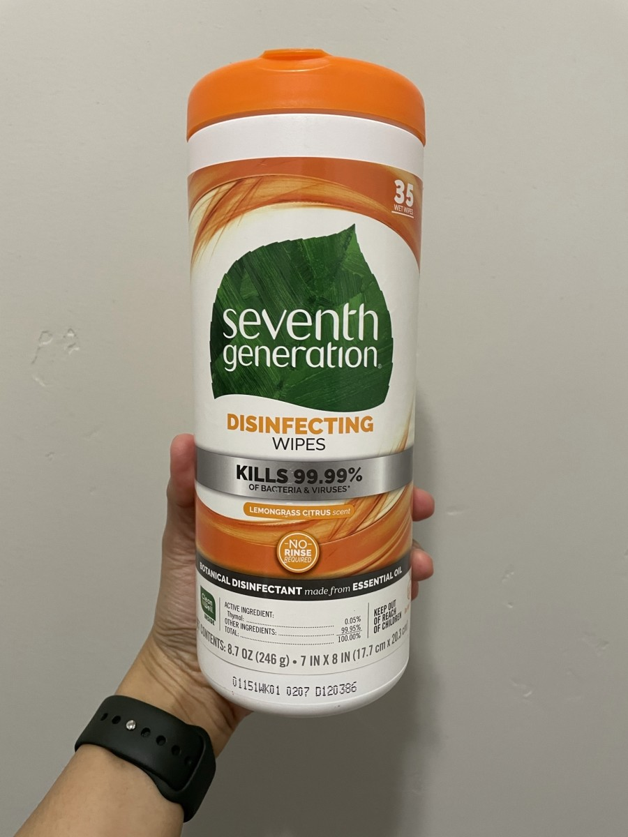 Seventh Generation disinfecting wipes with a lemongrass citrus scent.