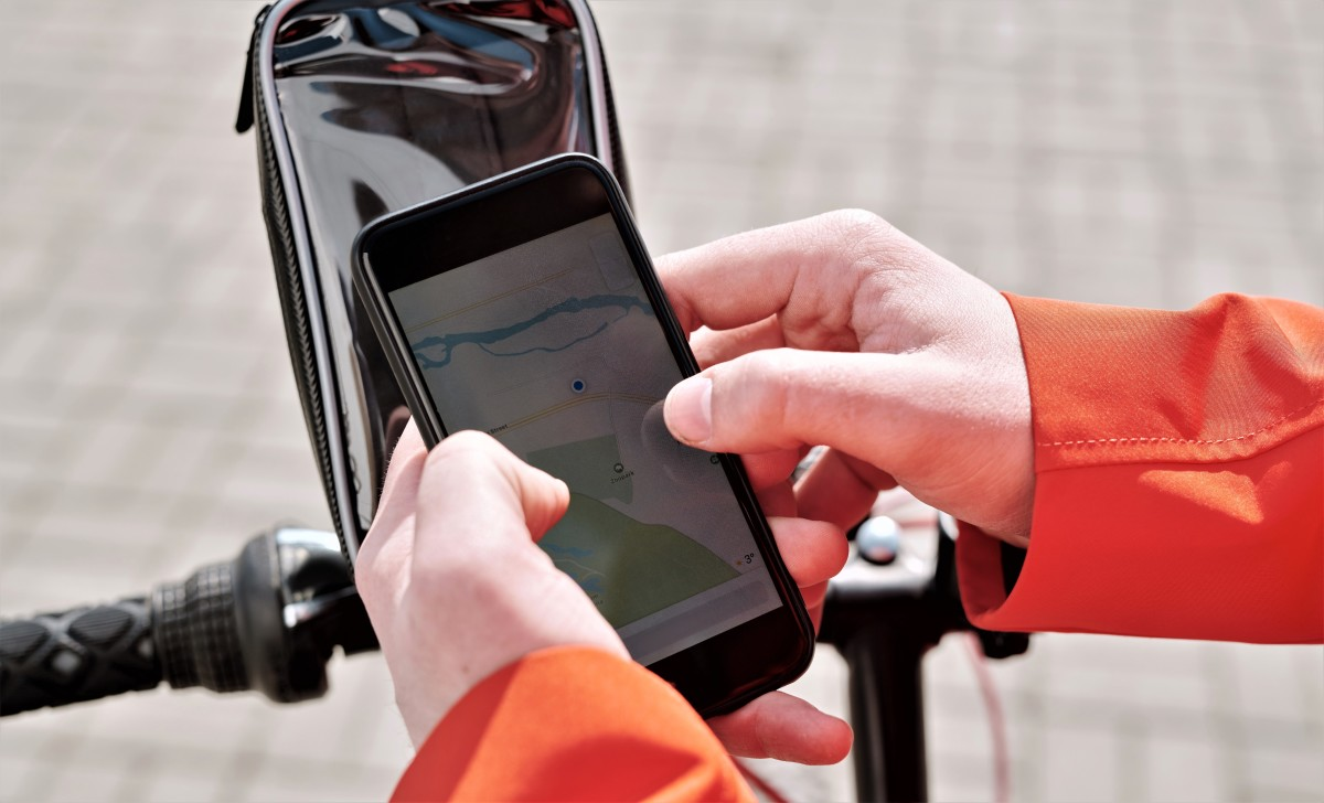 Using a GPS tracking system will definitely save your show, but it will need to be installed where it is unlikely to be spotted.