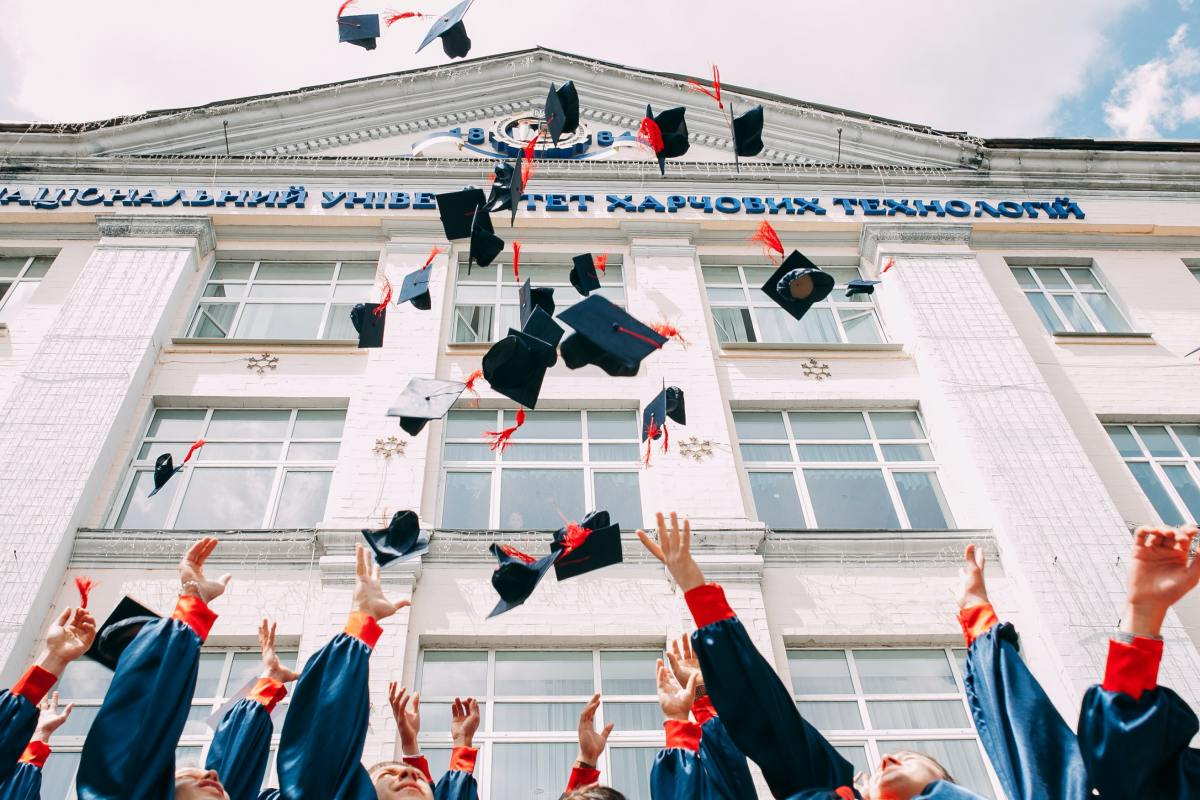 2021 Graduates The Underlying Job Market Uncertainty