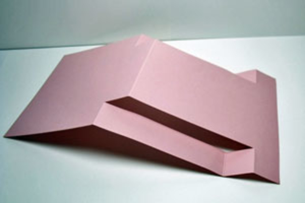 The strep fold card is elegant and easy to make