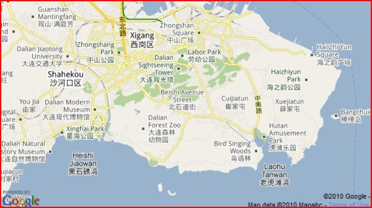 Sun Asia Polar World is located at Xinghai Park (left on map) and Hutan Polar World at Hutan Amusement Park (right on map)