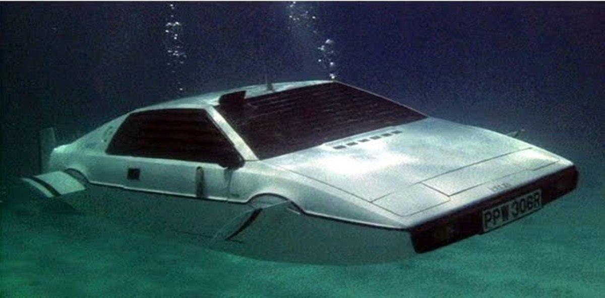 Finally, Bond gets a car worthy of replacing his trusty DB5...
