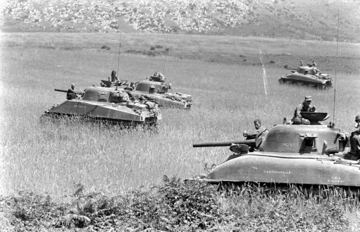 Shermans of the 1st Armored outside Velletri.