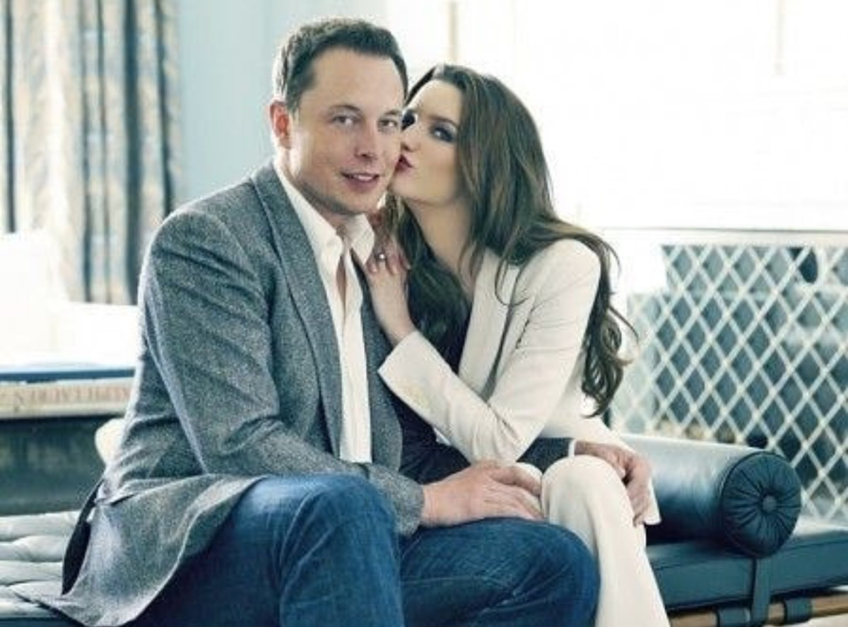 Claire Boucher has been in a relationship with Elon Musk since 2018