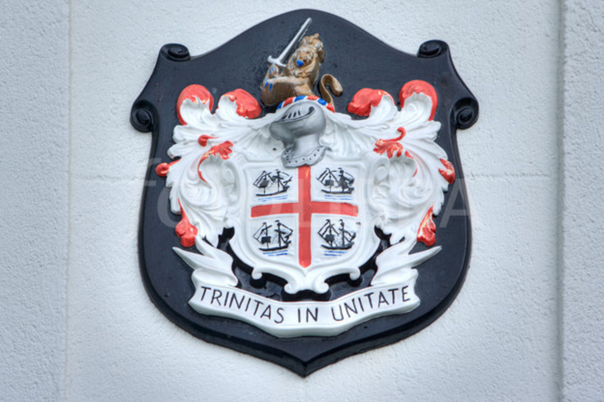 Coat of Arms, Trinity House, Tower Hill London EC3 - within sight of the Tower of London