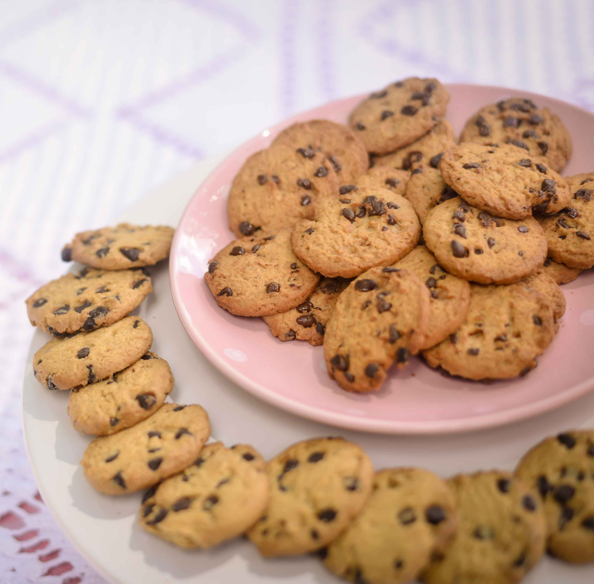 Chocolate chip cookies, invented by Ruth Wakefield, remain a popular favorite cookie today.