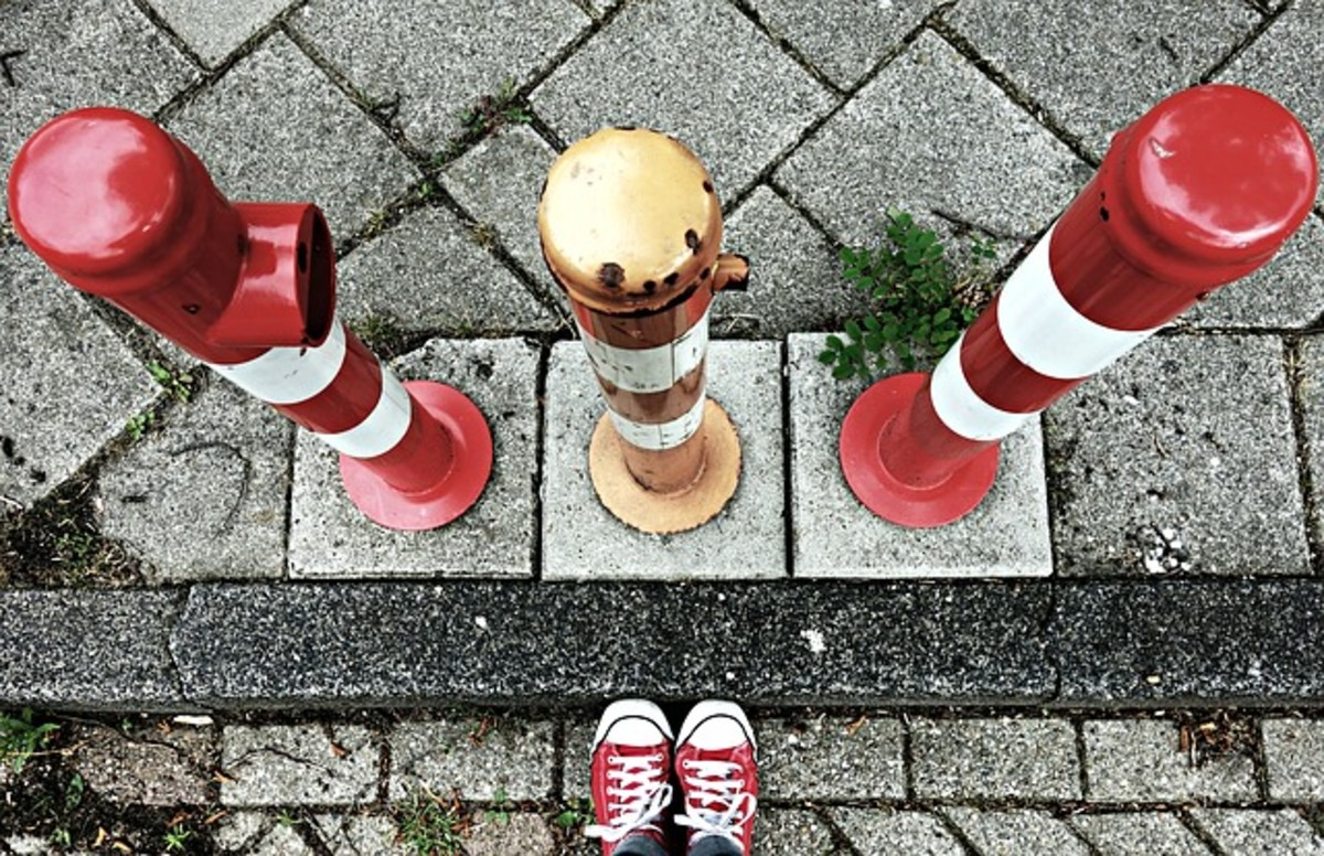How to Avoid Barriers of Communication Through Knowledge Sharing