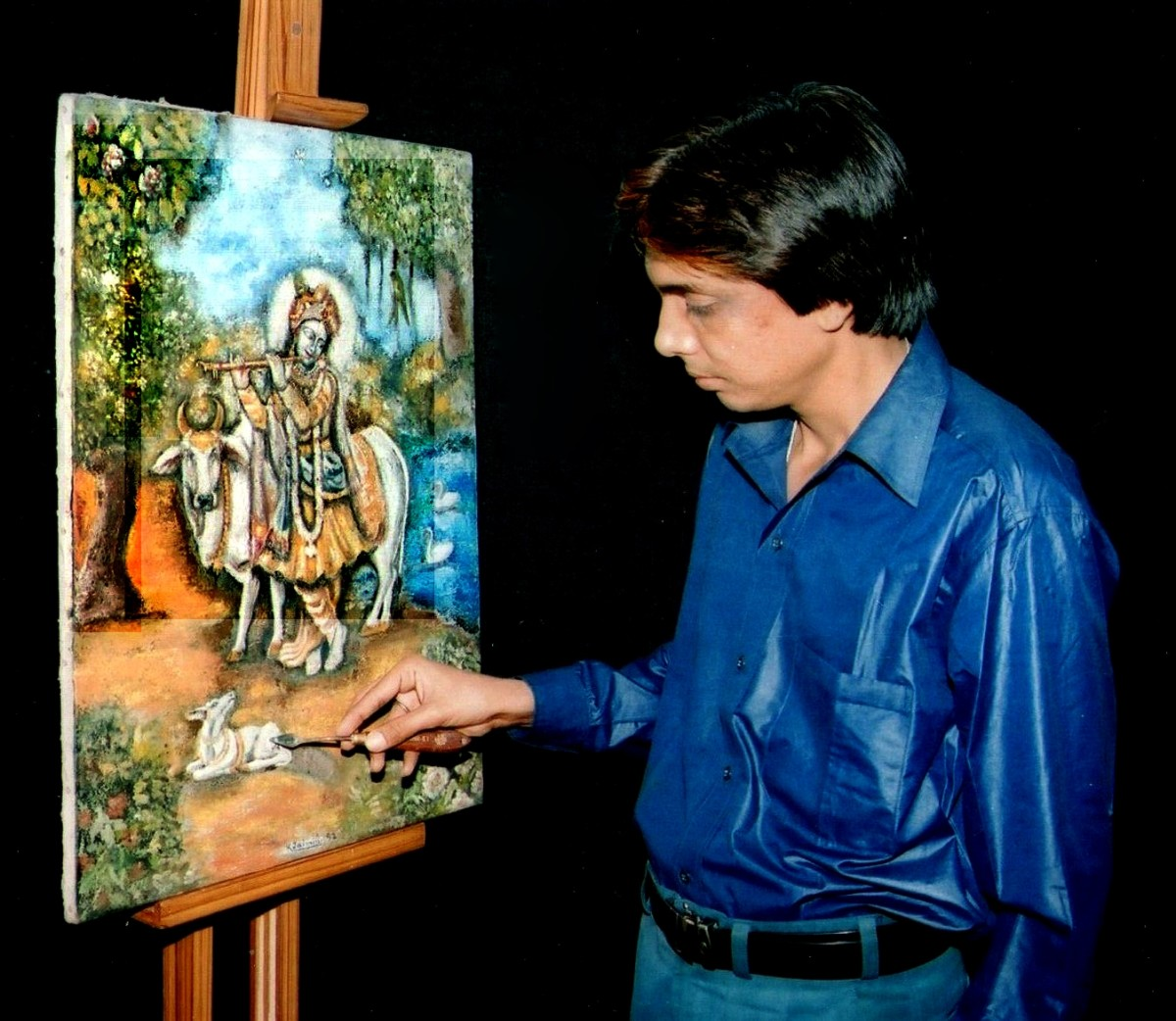Kamal's devotion as he adds knife stroke to his painting each day for over six months