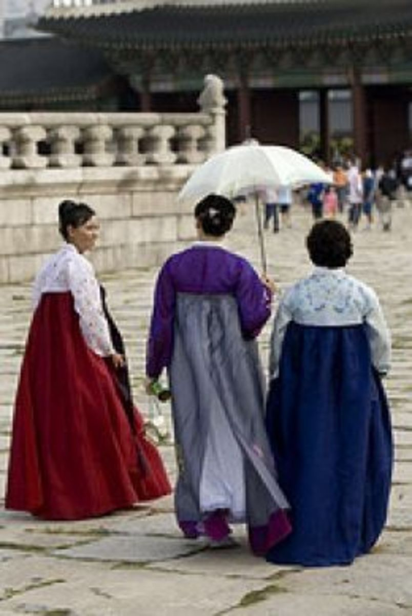Ladies in Hanbok