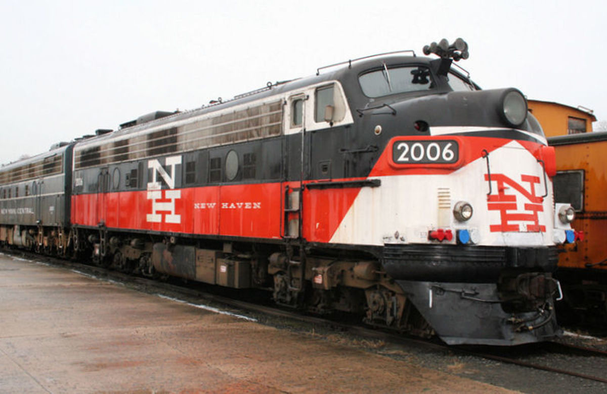 EMD FL-9 diesel electric locomotive # 2006 at Danbury Railway Museum