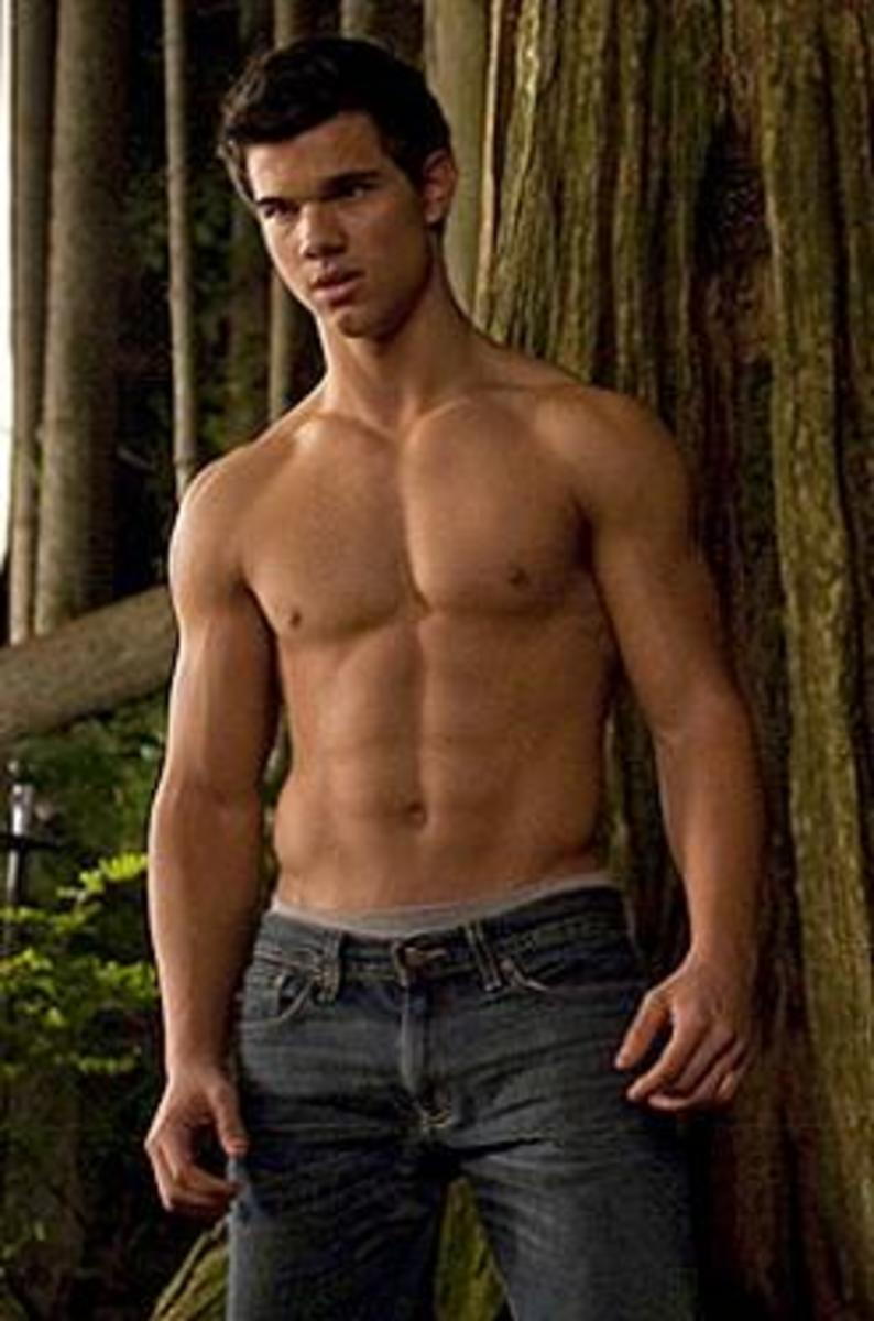 Taylor bears all for us in New Moon (the best movie in the whole series says me.)