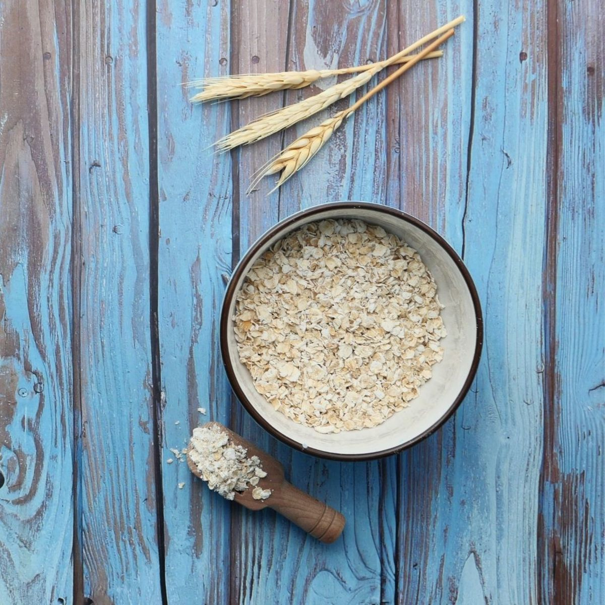 Oatmeal is a source of plenty of nutrients which are thought to have a positive effect on sleep quality.