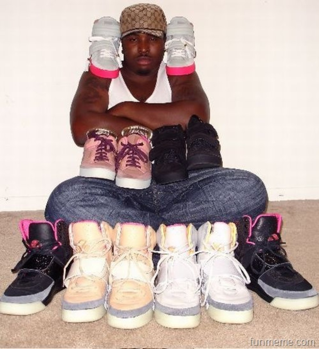 every thug needs kicks, even a pair of pink nikes