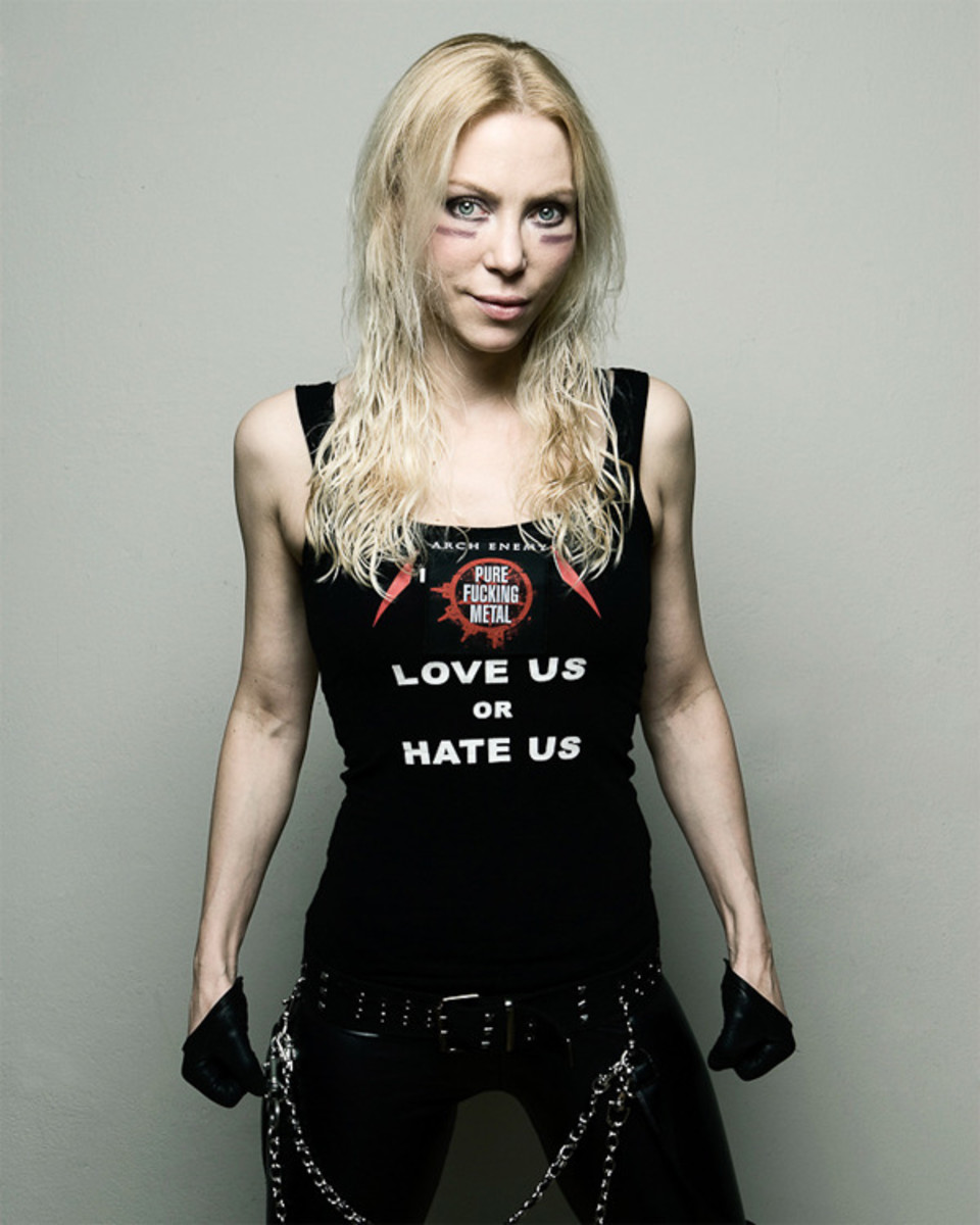 tribute-to-angela-gossow-former-vocalist-of-the-band-arch-enemy