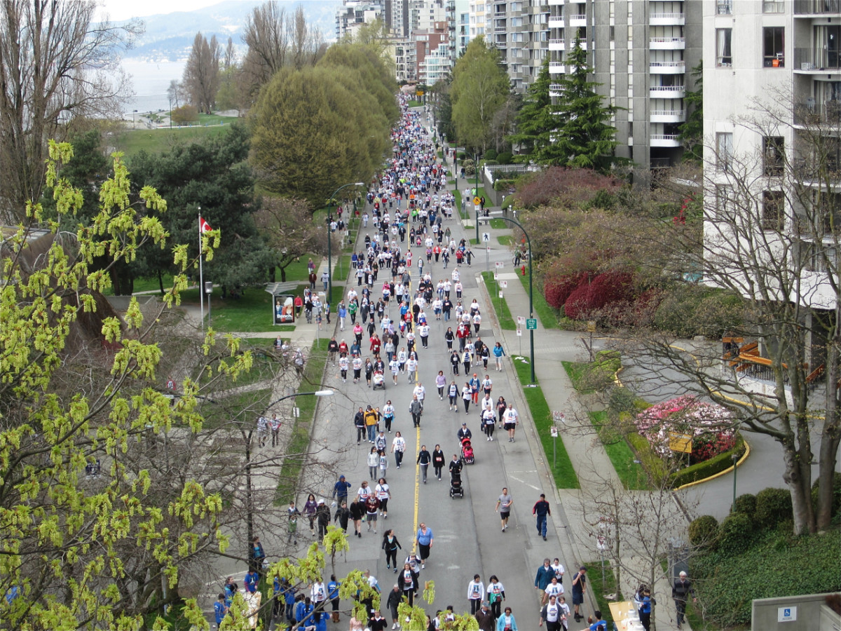 Participants in the Vancouver Sun Run as viewed from the Burrard Street Bridge