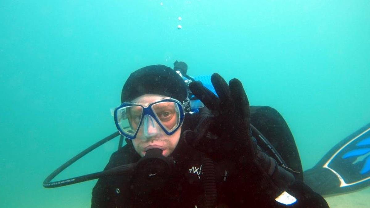 Diving with the Brut in 47F water.