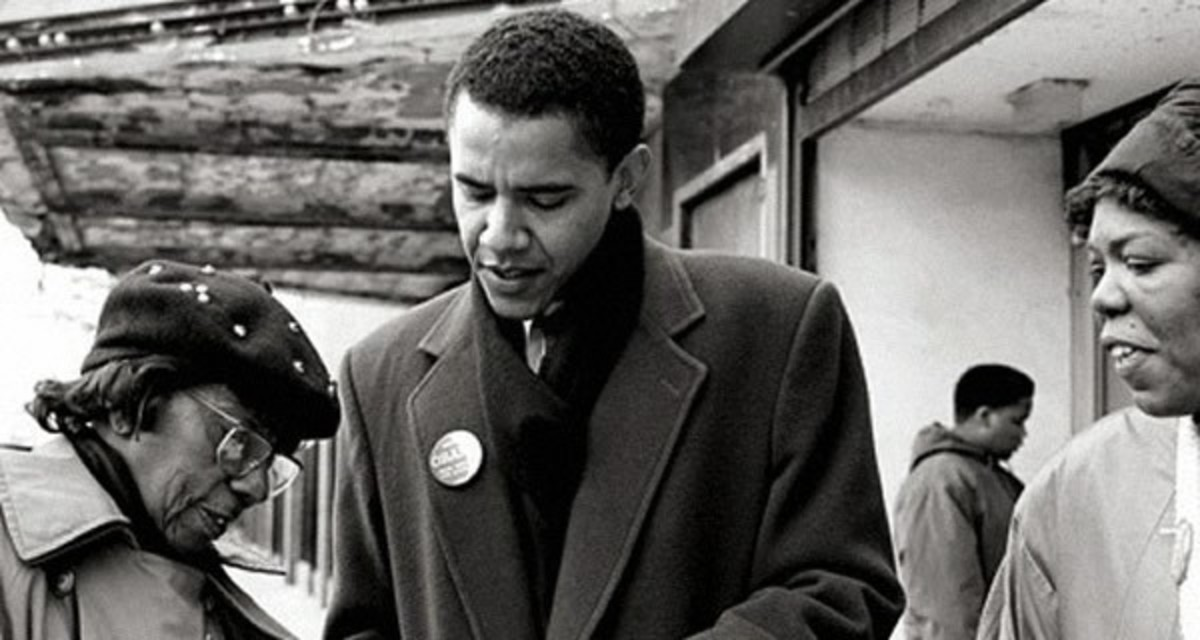 Younger Obama doing community work amongst African American folks