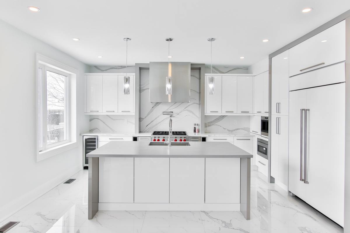 8 Ways to Transform Your Kitchen With Trending Kitchen Island Designs