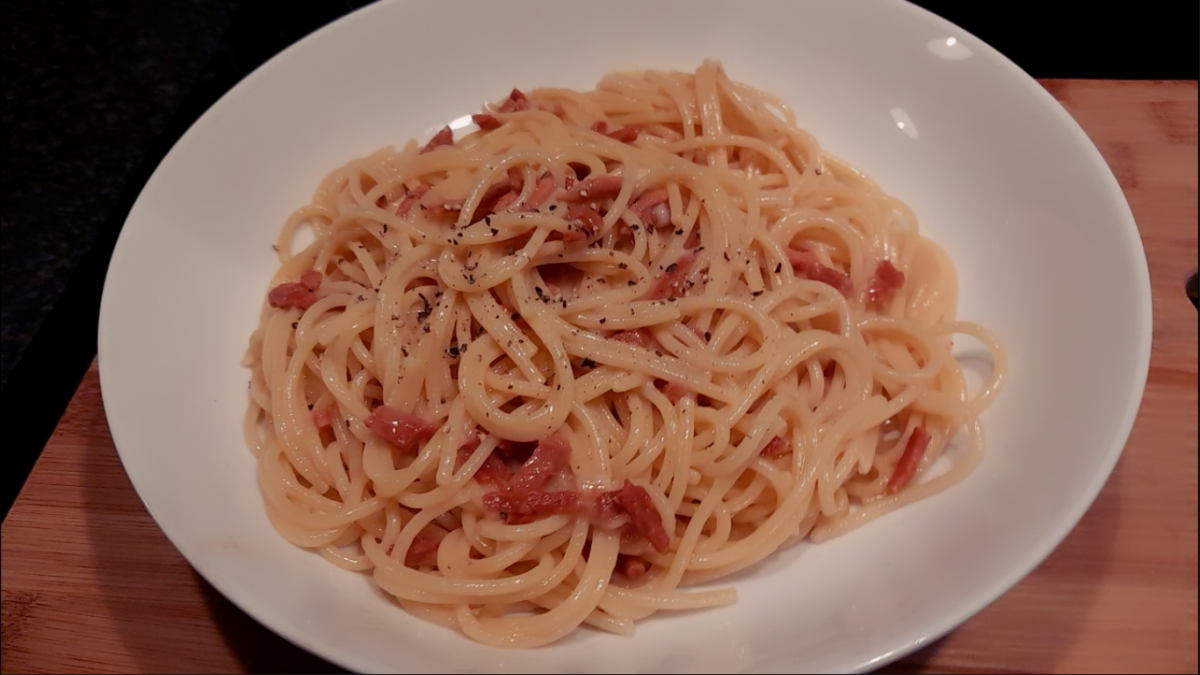 This vegetarian spaghetti carbonara comes together in less than 15 minutes