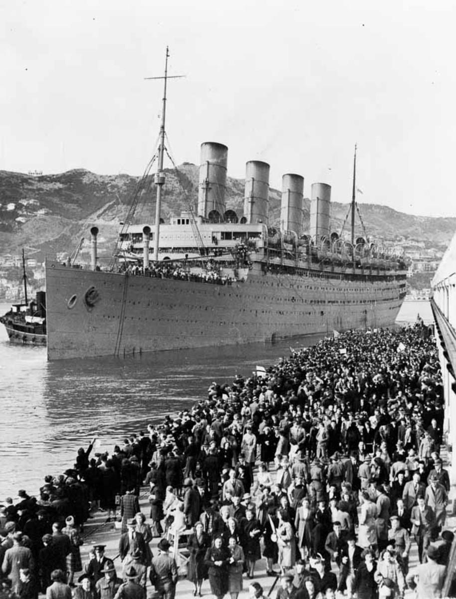 RMS Aquitania as a troopship.