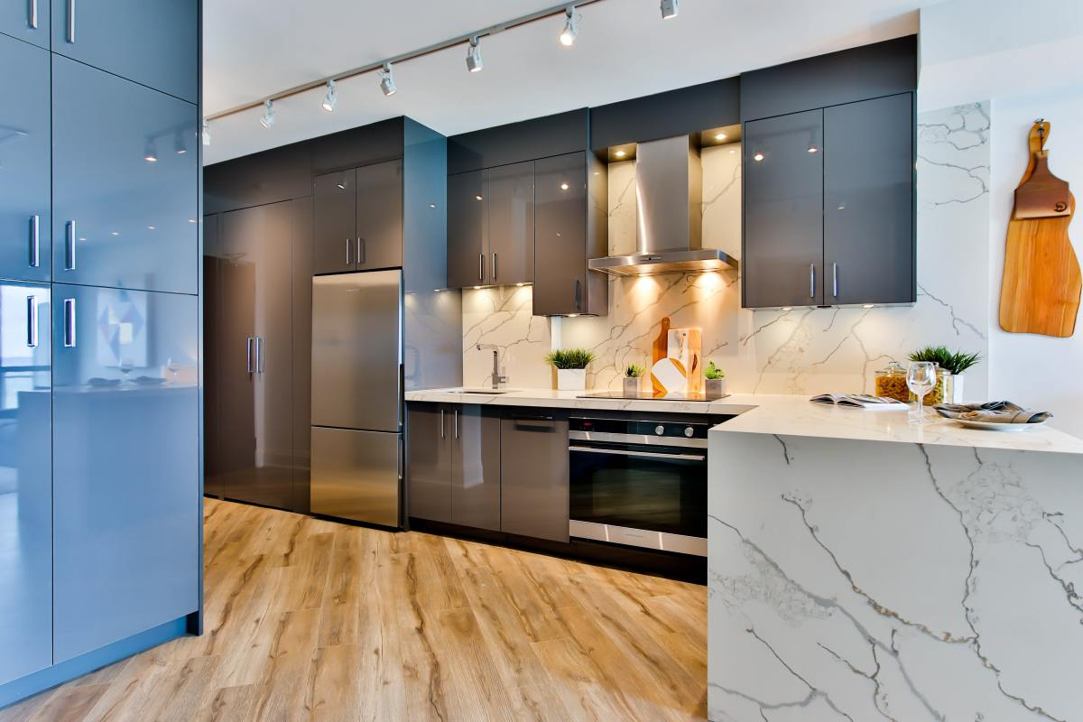4 Best Offbeat Kitchen Wall Colour Combinations
