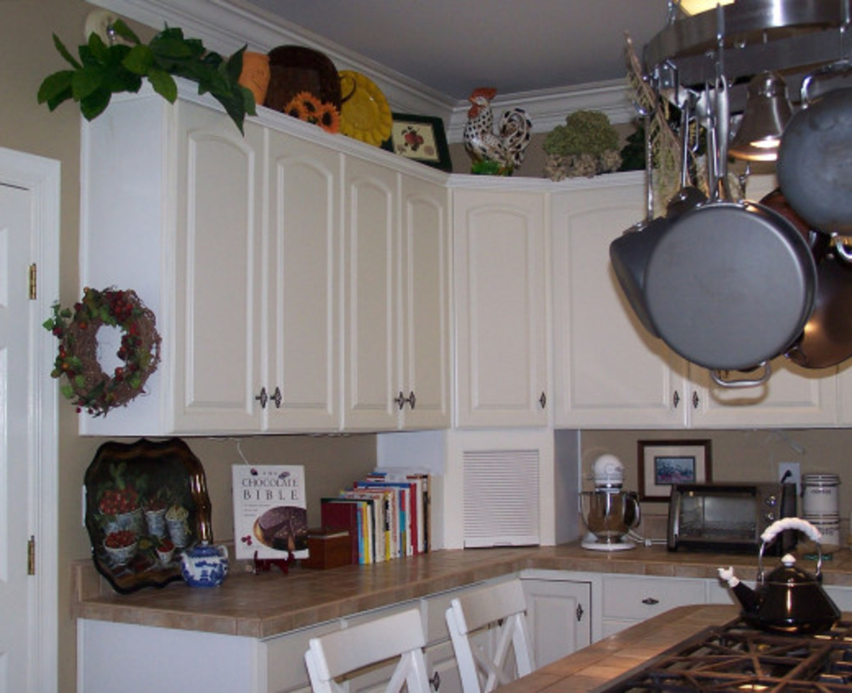 That house had a great kitchen with lots of work space. I really miss that kitchen.