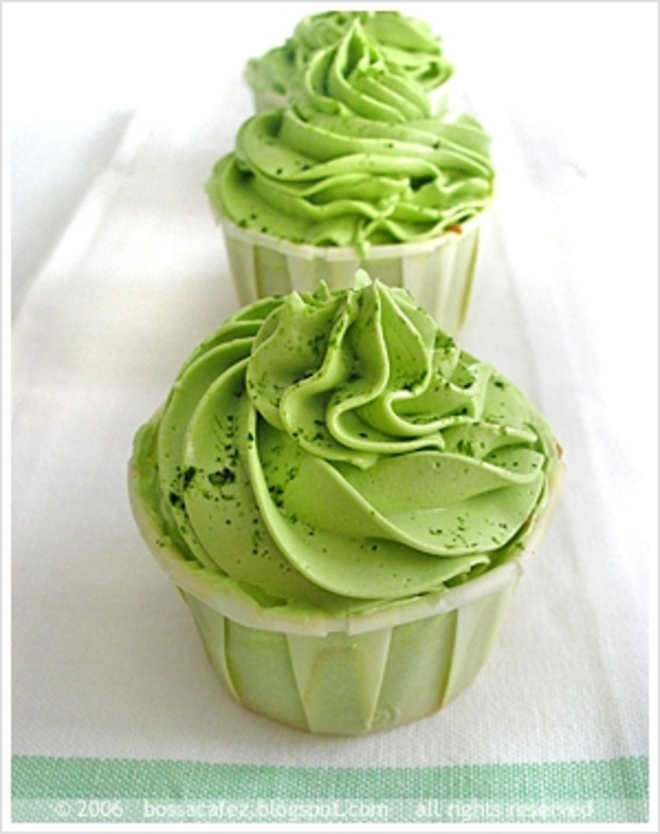 Matcha cupcake by bossacafez on flickr