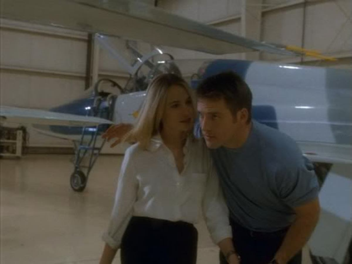 Sharing a light hearted moment before Los Angeles bakes are Jennifer (Josie Bissett) and Racer (Ben Browder)