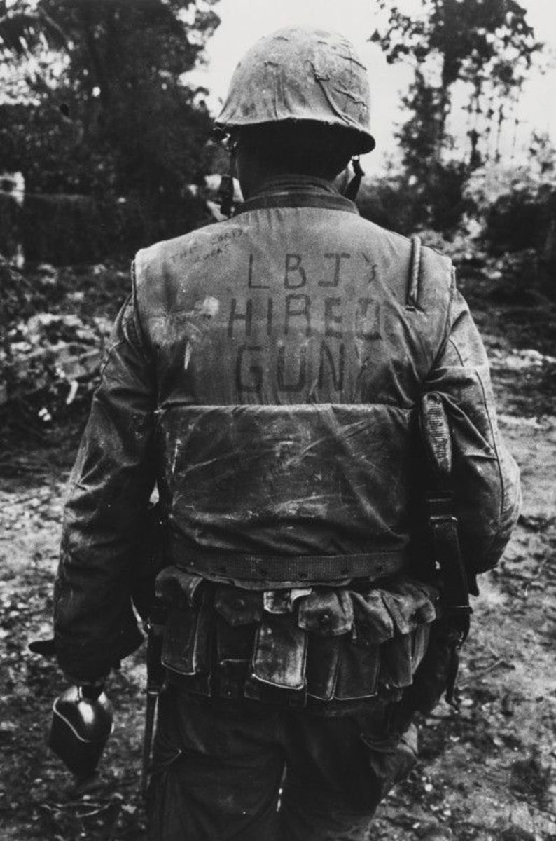 American Marine in Hue making his statement during the battle.
