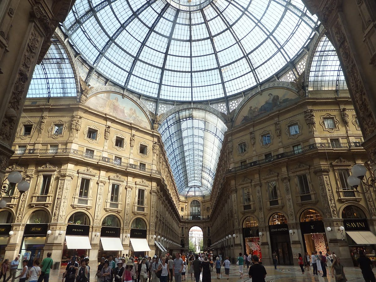 Milan in a Day ~ Self Guided Sightseeing Walking Tour