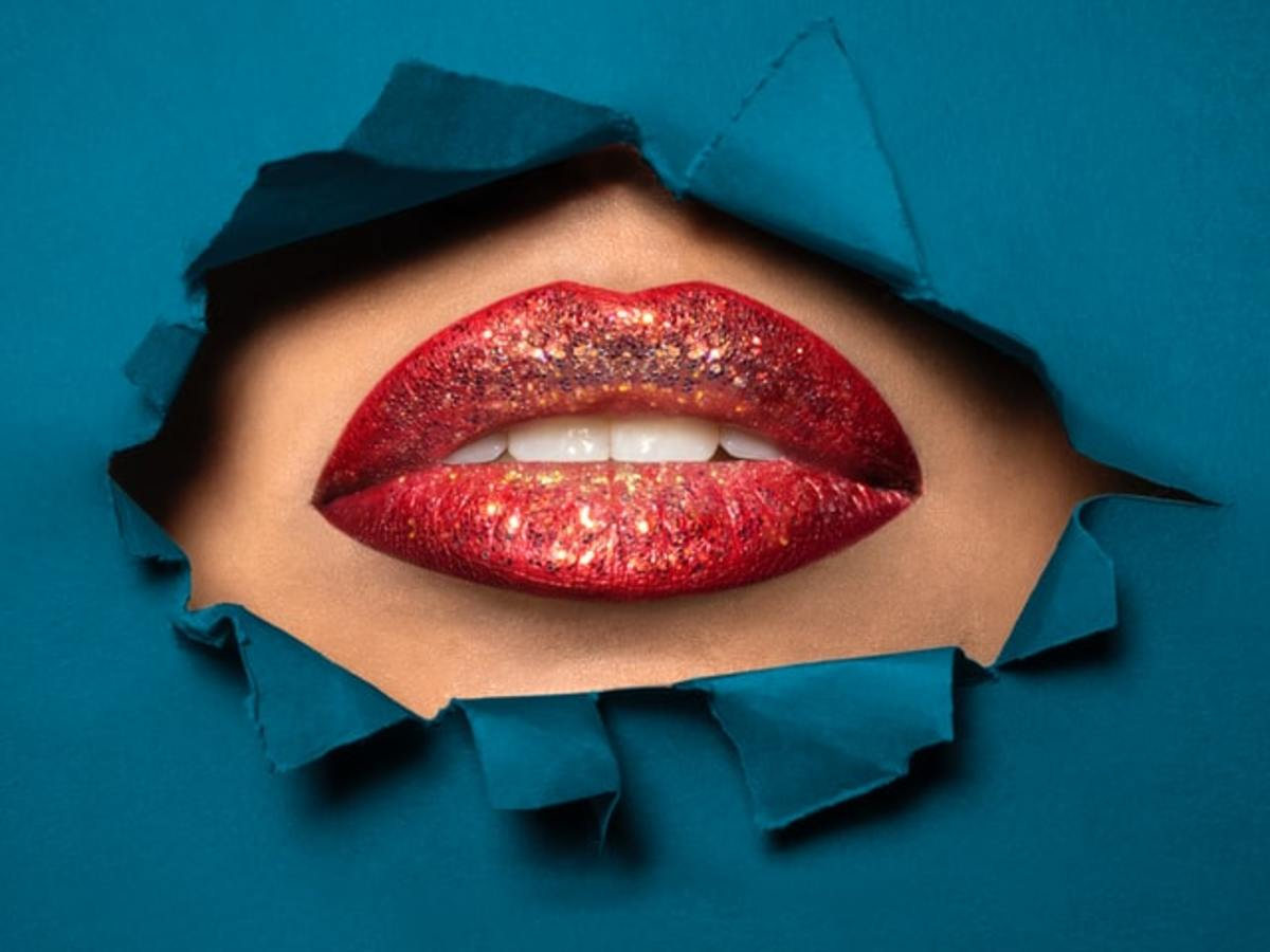 simple-and-easy-home-remedies-to-exfoliate-lips