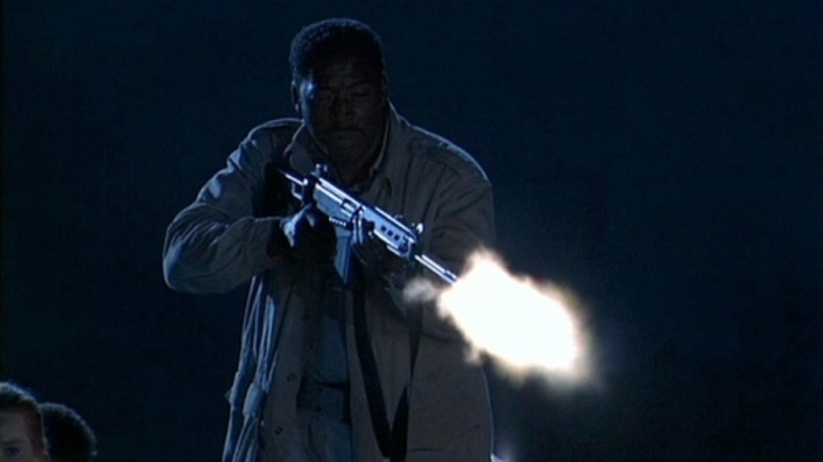 Of the entire cast, only Ernie Hudson emerges with any real credit as he finds the balance between camp and parody.