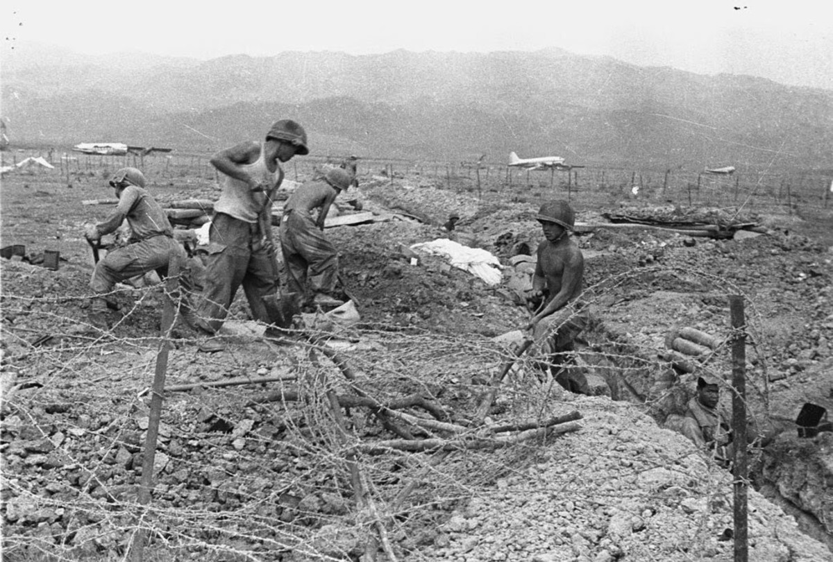 French troops begin to build the strong points that will make up the French defense O Dien Bien Phu 1954.