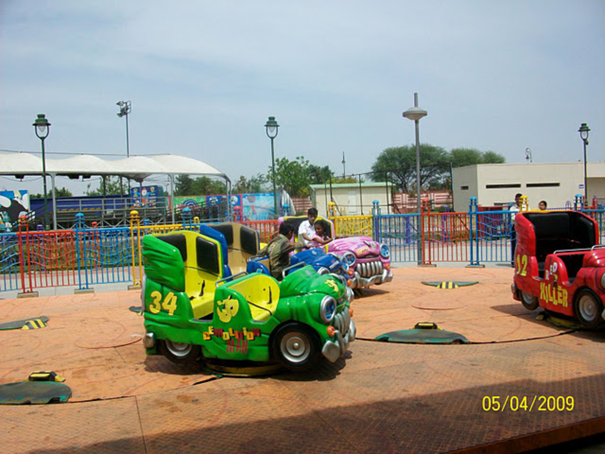 Pirate wagons at Adventure Island