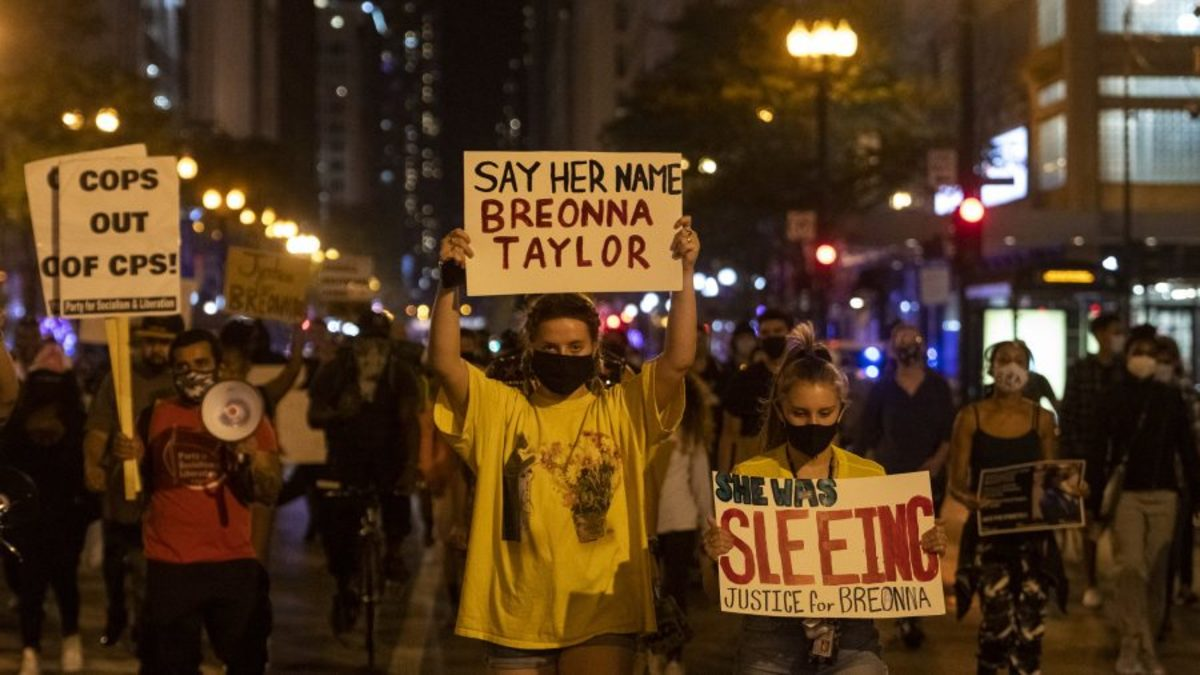 Protests in Chicago for Breonna Taylor