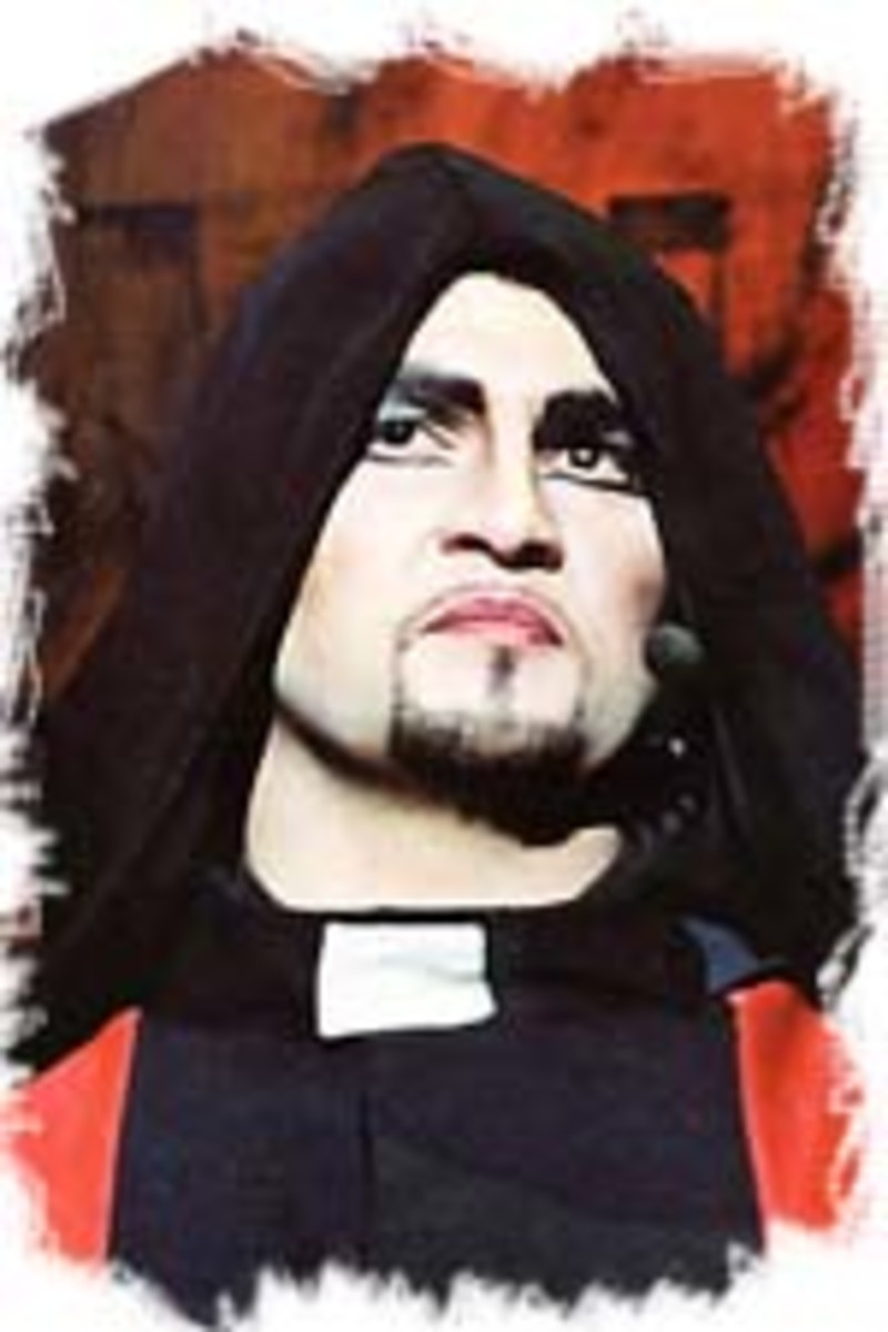 Jerome Collet as Frollo