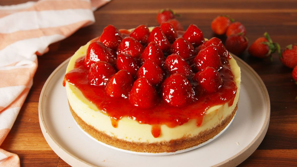 Amazing Strawberry Cheesecake Recipe