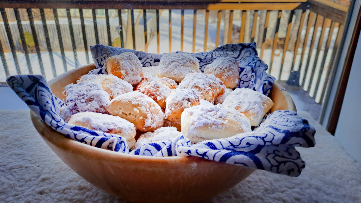 """Easy Baked Beignets (A """"Healthy"""" Twist on a NOLA Classic)"""